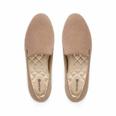 Brown Flats, Brown Shoe, Womens Slippers, Womens Flats, Winter Dress Shoes Womens, Fashion Trends 2018, Fashion 2018, Smoking Slippers, Comfortable Flats