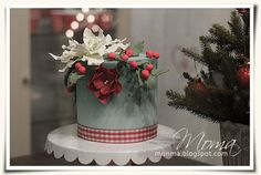 With the taste and smell of Christmas Cake by Monika