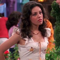 Mila Kunis, Jackie That 70s Show, Thats 70 Show, Tv Icon, 70s Outfits, Aesthetic Fashion, Gossip Girl, Types Of Fashion Styles, Pretty People