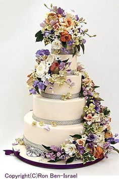 ケーキデザイナーのウェディングケーキ                                                                                                                                                                                 もっと見る
