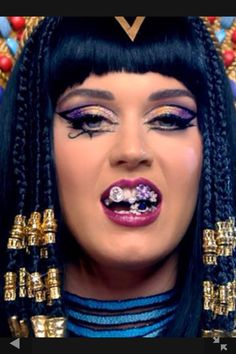 Inspiration; Katy Perry, Dark Horse Cleopatra Makeup, Egyptian Makeup, Katy Perry, Elizabeth Taylor, Burning Man Makeup, Makeup Inspo, Makeup Inspiration, Middle Eastern Makeup, Arabian Makeup
