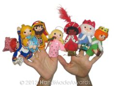 Ravelry: Christmas Nativity Finger Puppets pattern by Loly Fuertes