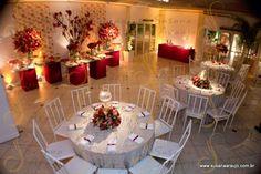 casamento em branco e vermelho