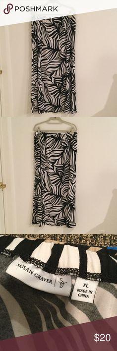 Susan Graver XL long skirt Susan Graver XL Black and white Long skirt lightweight perfect for summer Susan Graver Skirts A-Line or Full
