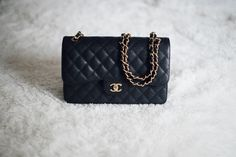 STYLED & SMITTEN Chanel Jumbo, Purse Styles, Leather Purses, Fashion Backpack, Shoulder Strap, Coin Purse, Black Leather, Wallet, Chain