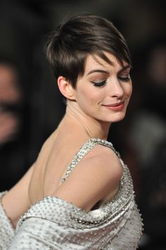 Anne Hathaway - wonderful hair and makeup. Just lovely.