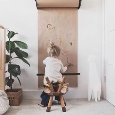 Children's creativity begins with the empty paper roll. # starts with - Baby room decoration - Kids Playroom Ideas Decorar Habitacion, Play Room Kids, Toddler Play Area, Toddler Toys, Deco Kids, Diy For Kids, Little Girls Room Decorating Ideas Toddler, Childrens Bedroom Ideas, Home Decor Ideas