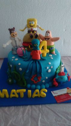 Tortas Express (bob) Bob, Birthday Cake, Desserts, Cakes For Kids, Themed Cakes, Candy Stations, Tortilla Pie, Tailgate Desserts, Deserts