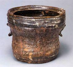 "TAKATORIYAKI"" ware jug It's ceramics for the tea ceremony."