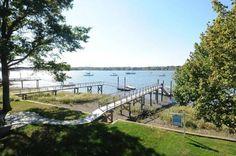 25 ft Deep Water Dock - 9 Sylvester Court, Norwalk, CT - Offered by Al Filippone Associates - http://www.raveis.com/mls/98532251/9sylvestercourt_norwalk_ct#