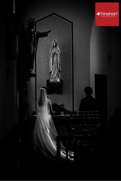 Rose to Mary: I love catching special wedding traditions, in a Catholic wedding it is customary to give a rose to Mary and often the mother of the bride and groom to, as part of the ceremony