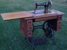 Antique Singer Treadle Sewing Machine Model 66 Lotus Petal