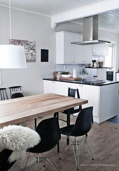ruokapöytä,lankkupöytä,ruokailutila,keittiö,minun keittiöni