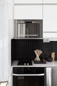 Decorating Ideas: 5 Ways Black Tiles Can Look Amazing at Home | Apartment Therapy