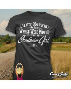 Country Junkie Nation Women's Southern Girl T-Shirt - Black