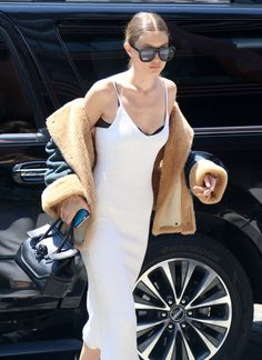 Pin for Later: On the First Day of Summer, Gigi Hadid's Already Showing Off Her Fall Clothes