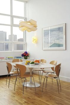 Mix and Chic / Saarinen table
