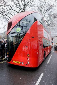 New Bus for London « Heatherwick Studio