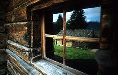 Glentleiten von Ralf Scholze Den, Windows, Photography, Pictures, Old Homes, House, Photograph, Fotografie, Photoshoot