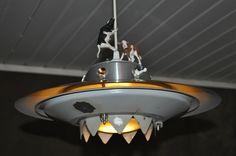 UFO living room lamp - www.artbypeo.com
