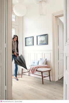 Net echt hout, mooi! Mag voor mij meer wit of lichtgrijs doorheen...Impressive Ultra laminaat vloeren van Quick-step