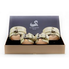 BLACK SWAN LEDER FESSEL SET NUDE ELEGANCE Black Swan, Elegant, Design, Fashion, Classic, Classy, Moda, Fashion Styles