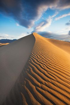 Sunrise On Mesquite Flat Sand Dunes Death Valley National Park, Usby Danielpivnick Desert Dream, Desert Life, Landscape Photography, Nature Photography, Deserts Of The World, Death Valley National Park, Marrakesh, Nocturne, Beautiful Landscapes