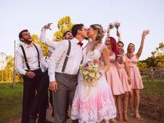 O casamento de Lucas e Raquel em Rio Pardo, Rio Grande do Sul.  #casamentoscombr #casamentos #casamentosbrasil #wedding #bride #noivas  #casamentosreais #realwedding #madrinhas #padrinhos #arlivre