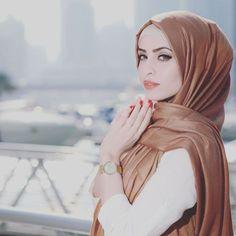« #hijabfashion#hikabmuslim#muslimahchamber#fashionablydraped#fashion#hijabstyleindonesia#hijabers#hfupclose#hfinspo#chichijab »