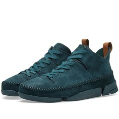 Buy the Clarks Originals Trigenic Flex in Emerald Nubuck from leading mens fashion retailer END. - only Fast shipping on all latest Clarks Originals products Garra, Leather Heels, Tan Leather, Clarks Originals, The Originals, Clarks Shoes Mens, Rose Vans, All Black Sneakers, Hiking Boots