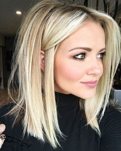 Shades of Blonde Hair Color Ideas - Hair Time! Shades of Blonde Hair Color Ideas - Hair Time! Medium Hair Styles, Curly Hair Styles, Natural Hair Styles, Medium Curly, Blonde Hair Styles Medium Length, Thin Hair Styles For Women, Curly Short, Medium Brown, Curly Bob