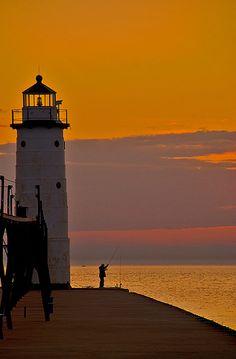 A beautiful sunset at Manistee North Pierhead Lighthouse, Michigan