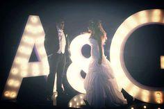 Letras gigantes para boda luminosas #bodas #ElBlogdeMaríaJosé #LetrasGigantes…