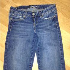Aeropostale 0 short Skinny Jeggings Aeropostale 0s 0 short Jean leggings Jeggings in great condition Aeropostale Jeans Skinny
