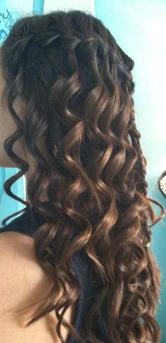 curls with small braid