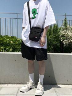 138 vintage men clothing fashion guys – page 2 Fashion Guys, Korean Fashion Men, Urban Fashion, Fashion Outfits, Fashion Trends, Fashion Photo, Fashion Ideas, Tumblr Fashion, Womens Fashion