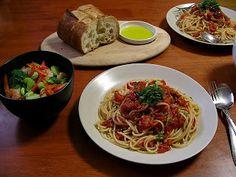 RAGU SPAGHETTI SAUCE -- Sustainably Chic Designs: RECIPE: Homemade Spaghetti Sauce (RAGU COPYCAT)