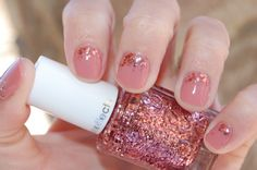 essie 'eternal optimist' <3  with luxeffects a cut above topcoat