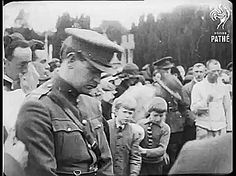 Michael Collins on Arthur Griffith's funeral, August Michael Collins, Cork City Ireland, Irish Independence, Irish Drinks, Irish Potatoes, Irish People, Castles In Ireland, Irish Culture, Irish American