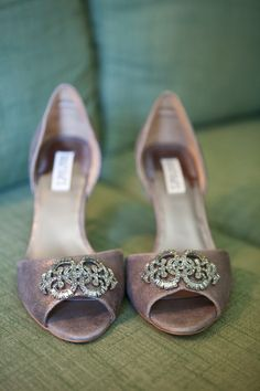 Shoes by Badgley Mischka. Photography by birdsofafeatherphoto.com