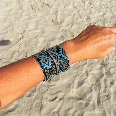 Les bracelets LIMA à la plage ... Venez les découvrir