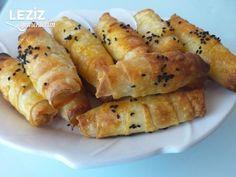 Mini Mini Katmer Börek - Leziz Yemeklerim Hot Dog Buns, Hot Dogs, Bread, Food, Breads, Bakeries, Meals