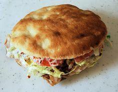 How to make Doner Kebab? Recipe here www.turkishdishes… How to make Doner Kebab? Recipe here www. List Of Sandwiches, Wrap Sandwiches, Gyros Pita, Pita Kebab, Kebab Meat, Donner Kebab, Turkish Doner, Turkish Kebab, Good Food