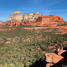 Save the world, Sedona Arizona es un regalo de Dios para el mundo #arizona🌵 #arizona_landscapes #arizonaliving #alwaysonthemove #mycurrentview…