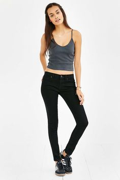 BDG Low-Rise Twig Jean - Black Ink - Urban Outfitters