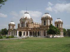 Noor mahal castle  Bhawalpur