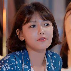 Cute Couple Art, Cute Couples, South Korean Girls, Korean Girl Groups, Sooyoung Snsd, Korean Artist, Girls Generation, Kpop, Actresses