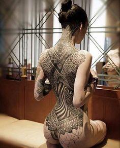 27 tatuajes tan realistas que te darán ganas de tocarlos