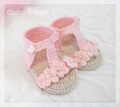 62 New Ideas For Crochet Bebe Sandalias Crochet Bebe, Baby Girl Crochet, Crochet Baby Clothes, Love Crochet, Crochet For Kids, Crochet Baby Sandals, Baby Shoes Pattern, Crochet Baby Shoes, Baby Patterns