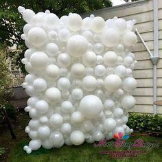 Prom Balloons, Large Balloons, Custom Balloons, White Balloons, Birthday Balloons, Diy Photo Backdrop, Balloon Backdrop, Balloon Columns, Balloon Decorations Party